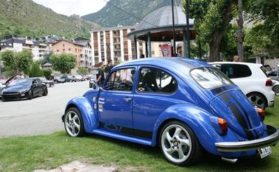 Encamp acull la setena concentració de vehicles Volkswagen