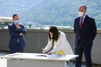Signatura conveni al fons de solidaritat