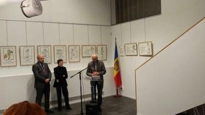 """L'Oficina de turisme del Pas de la Casa acull la mostra """"Des motes en quête d'images"""" de Vincent Pachès"""