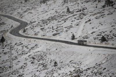 L'accés a França per carretera romandrà tancat durant els pròxims  dies a causa d'una esllavissada al talús de la RN22