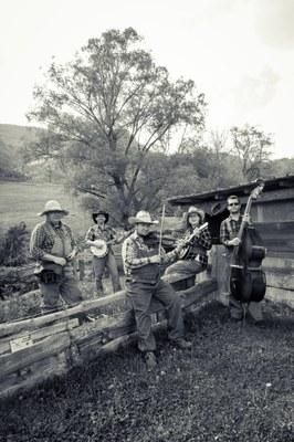 Música d'arrels americanes a l'Encamp en clau de llum d'aquest dijous amb The Scarlett Brotherhood
